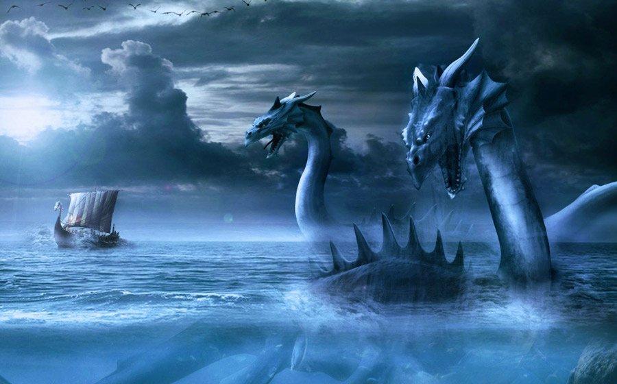 Карадагский змей не ест людей и лакомится дельфинами